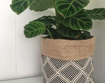 Modern Wanderer Reversible Hessian Planter Bag