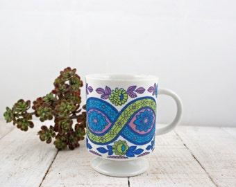 Vintage Mug, Mod Floral Pedestal Mug, Vintage Coffee Mug, Tea Mug, Gift for Her, Housewarming Gift, Vintage Kitchen, Home Decor.