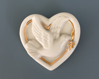 Vintage signed Lenox Peace Dove in heart Brooch
