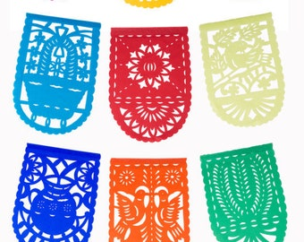PAPEL PICADO Medium All Occasion | Mexican Bunting 5m / 16.4ft Colourful Banner with 16 Medium Sized Flags | Instant Fun Party Decor