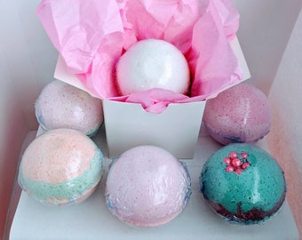 Pick 4 bath bombs, bath bomb wedding favors, natural bath bomb, bath bomb bridesmaid, baby shower favors, bath bomb favors, essential oil