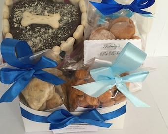 Doggie gift box  ** dog cake*  Freshly baked *Natural & organic*  dog cake** dog birthday cake** pet gift **