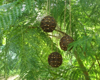 Bird Nesters, Llama Fibre Set of Three. Native Bird Nesting Balls in Gift Box, Organic, Eco Friendly, Nature Lover Gift, Valentines Day Gift