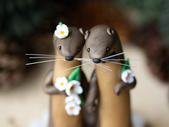 River Otter Wedding Cake Topper by Bonjour Poupette