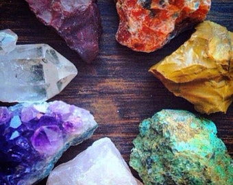 DELUXE Chakra Healing Crystals and Stones Chakra Stones Rough Crystal Collection Bohemian Decor Raw Amethyst Crystal Healing Natural Crystal