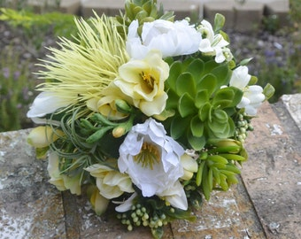 Buttercup Succulent Bouquet