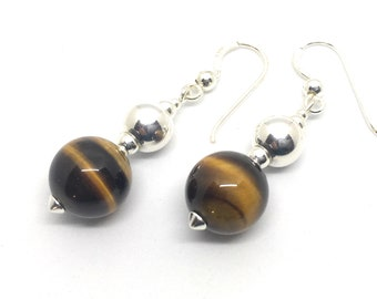Earrings in silver and Tiger's Eye
