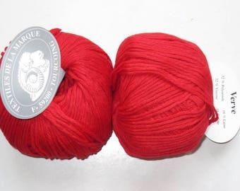 5 balls of viscose, wool, silk red Verve