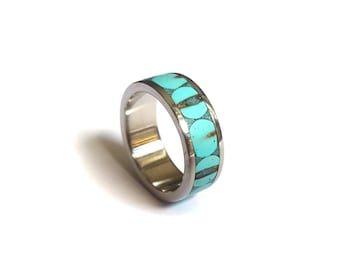 Womens Wedding Ring, Engagement Ring for Her, Titanium Ring with Turquoise Inlays, Unique Ring, Bohemian Ring, Bead Ring, Turquoise Bits