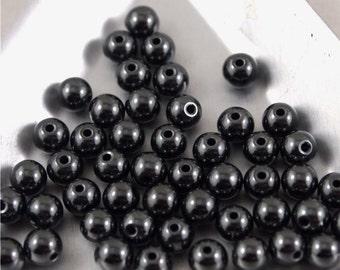 Hematite 4mm smooth round beads-Qty 50 (MW 4R HE)