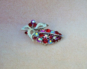 Vintage Signed Lisner Red Rhinestone Silver Tone Pin Brooch Leaves Early 60s Retro