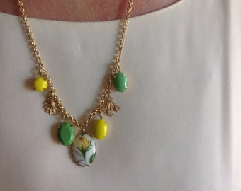 Yellow Rose Charm Necklace, 25 inches, 635 mm