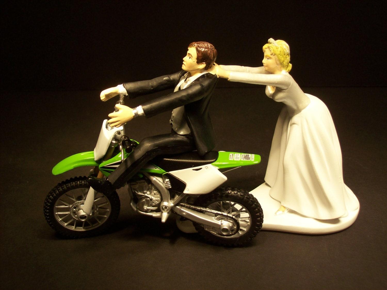 Wedding Cake Moto
