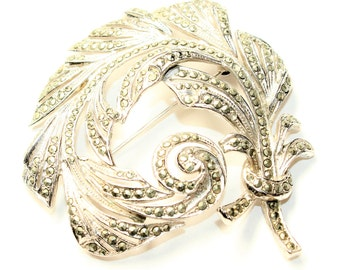 Sparkly Marcasite Silver Coloured Curled Feathers Large Vintage Brooch (c1950s)