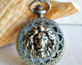 Lion pocket watch, men's mechanical pocket watch with lion head mounted on front cover
