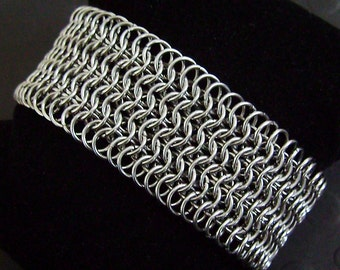 Single Color Chainmail Cuff