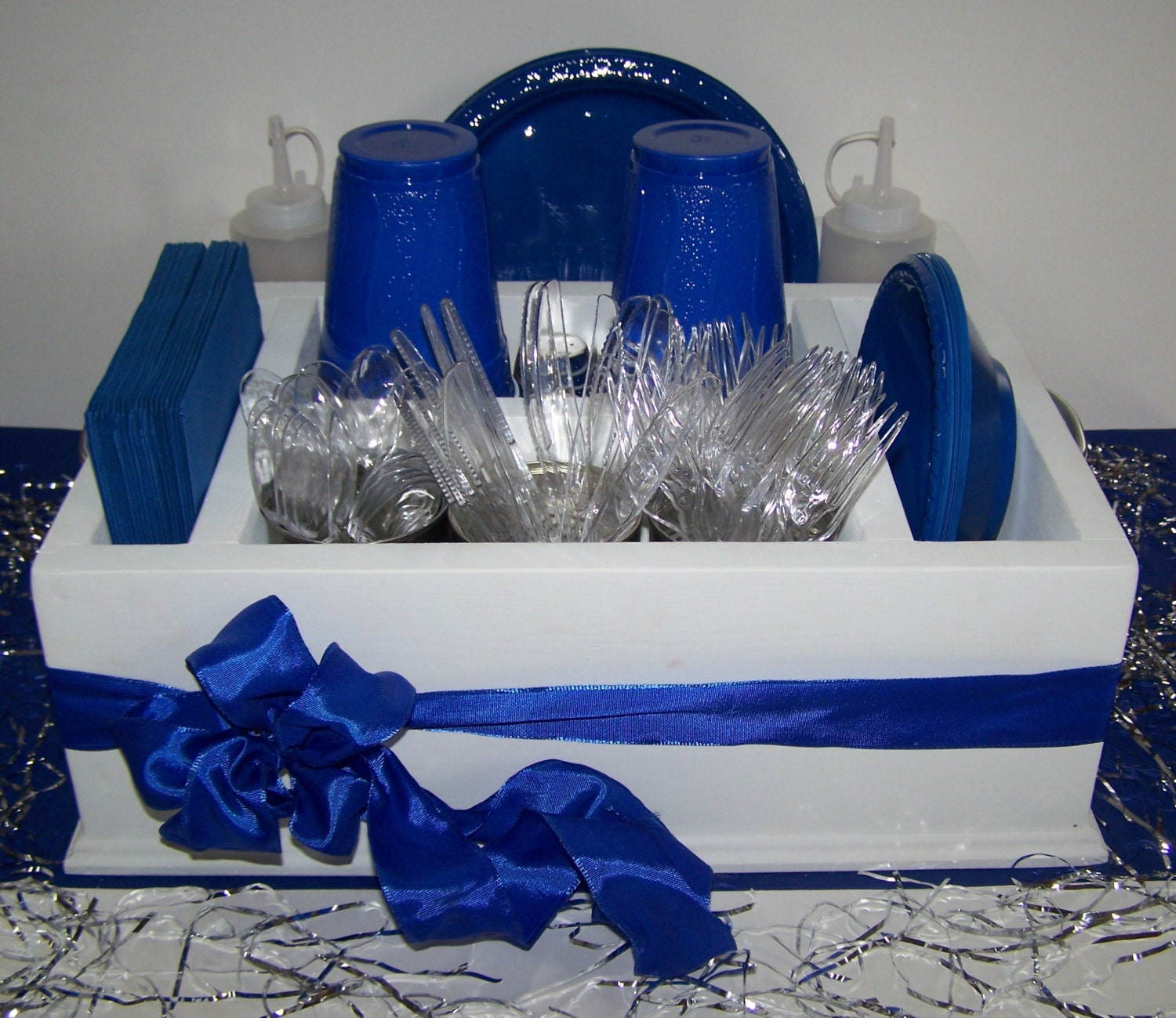 White with blue ribbon tableware caddy organizer for napkins