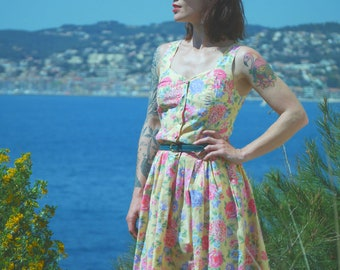 Vintage pinup strapless floral pleated retro dress was 80 s
