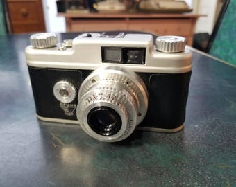 Vintage Argus 35mm Rangefinder Camera with f/3.5 50mm Lens