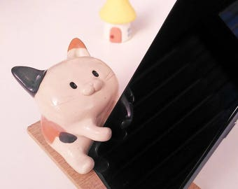 Calico cat smartphone holder with glaze  #CSPC1  猫 工房しろ 日本
