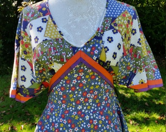 Superb Susan Small 70s Boho Dress. Quirky Print. Perfect for Festivals!