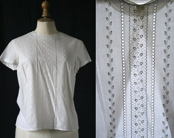 vintage 1960's, white shirt short sleeves, Richelieu embroidery