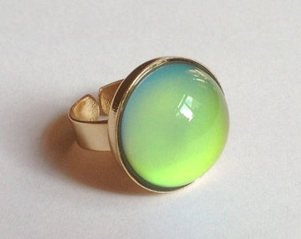 Mood Ring 18k Gold Plated - 20 mm Large Deluxe Mood Stone color changing