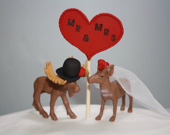 Mini Moose Wedding Cake Topper; Canadian Wedding; Country Wedding; Rustic Wedding; Animal Bride and Groom; Mr and Mrs; Red Wedding Decor