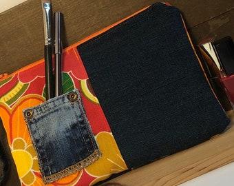 Clutch zipper bag