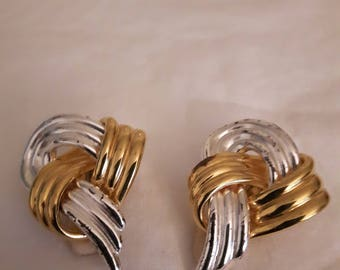 Vintage 1980s Alfred Sung gold and silver clip earrings - Abstract Shape - Modernist - Wedding/Bridal/Anniversary/Mother's Day