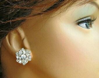 Crystal Pearl, wedding earrings, Bridal Jewelry, Bridesmaids Earrings, Stud Earrings, Bridesmaids Gift, Post Earrings, Silver crystal