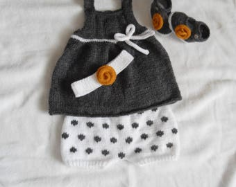 Whole dress bloomers headband and baby booties 3/6 months