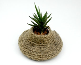 Plant Pot Holder, Jute Crocheted Plant Basket, Primitive Decor, Natural Jute Decor