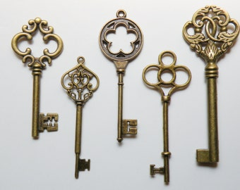 Skeleton key charm collection of 5 extra large keys Steampunk vintage inspired antique bronze COLL-XL