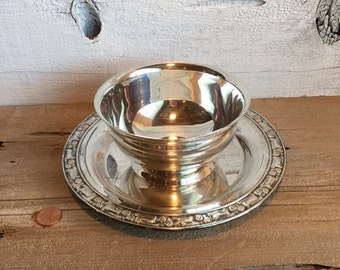 Silver plated bowl with tray. Chip and dip serving dish.