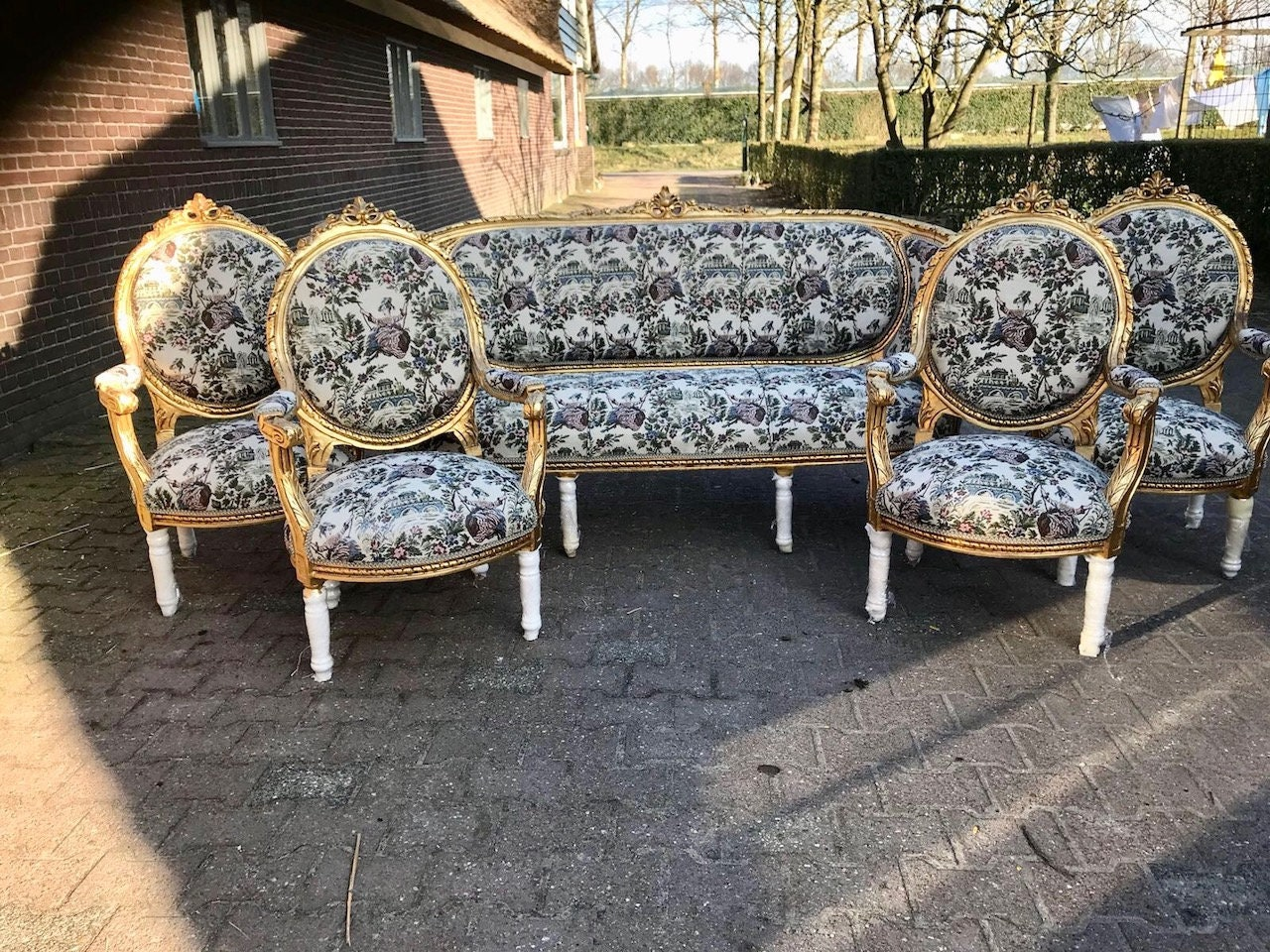 French Chairs French Furniture Settee Chairs Antique Sofa Furniture French Tufted Chair Refinish Gold Leaf Tufted Cream Off White Fabric & French Chairs French Furniture Settee Chairs Antique Sofa Furniture ...