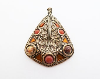 Celtic Style Vintage Zoomorphic Pendant With Faux Amber and Glass Agate in Antiqued Gold Tone by Miracle