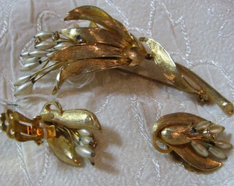 Vintage Bouquet Brooch and Clip On Earring Set
