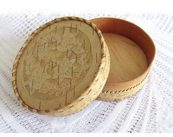 Wooden box Small wood box Jewelry box vintage Jewelry storage Wooden gift Unique gift Women gift Spring gift for women Gift for sister gift