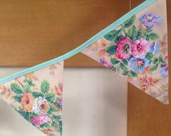Floral Shabby Chic Bunting 8 Flags