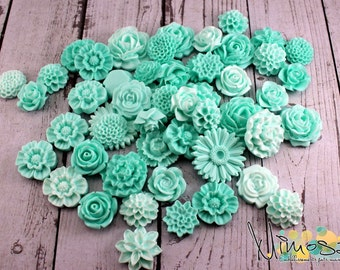 Cabochon flowers, Mint, Scrapbooking embellishments, Card making, Invitations