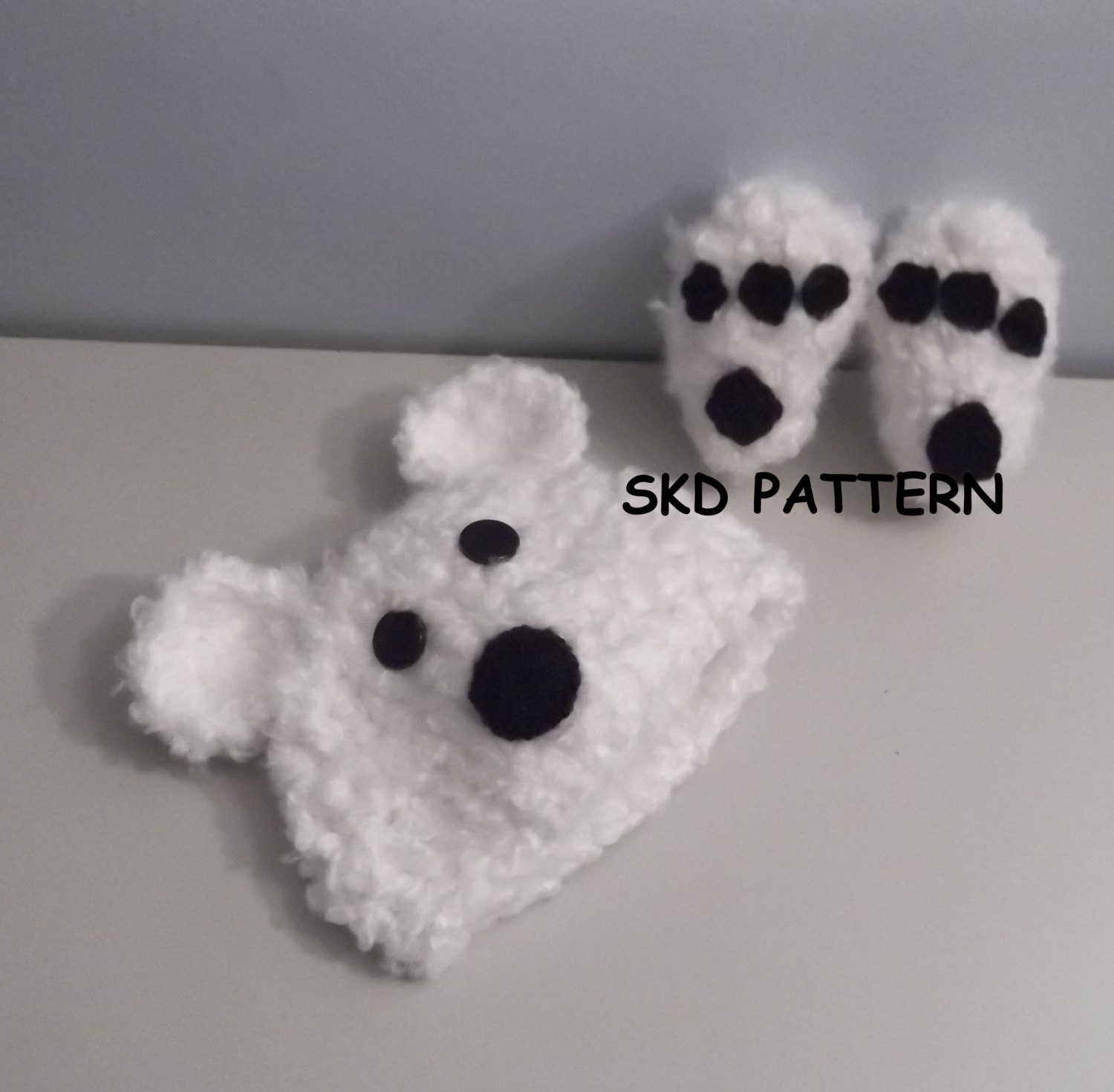Cuddly Soft Polar Bear Hat and Paw Print Booties Crochet