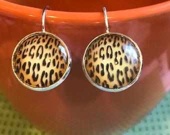 Leopard spot cabochon earrings - 16mm