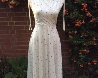 1970's Cream Ditsy Pattern Dress