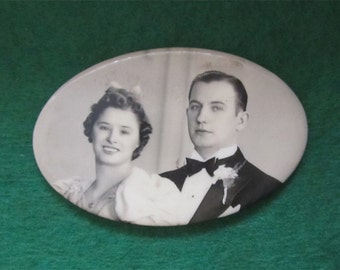 Cute 1930's Celluloid Photo Wedding Remembrance Pocket Mirror - Young Couple Looks To The Future - Free Shipping