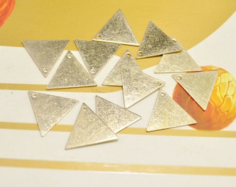 Brass Necklace Triangle,20pcs Raw Brass Triangle Pendant Charm with 1 Holes(18mm) - D518