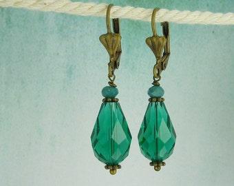 Vintage Earrings crystal drops turquoise