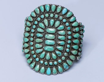 Navajo Cluster Bracelet - Green Carico Lake Turquoise - Victor Moses Begay