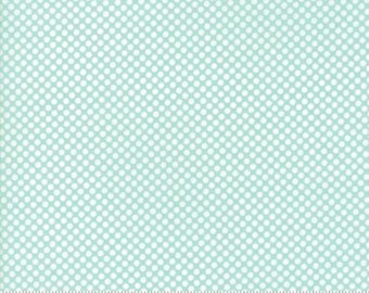 United Notions - Moda-Bonnie and Camille- Vintage Holiday-55162 12- CT122122-100% Quality Cotton by the Yard or Yardage