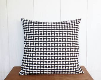 Cushion cover 40 x 40 cm - fabric pattern scales - black and white - Scandinavian style